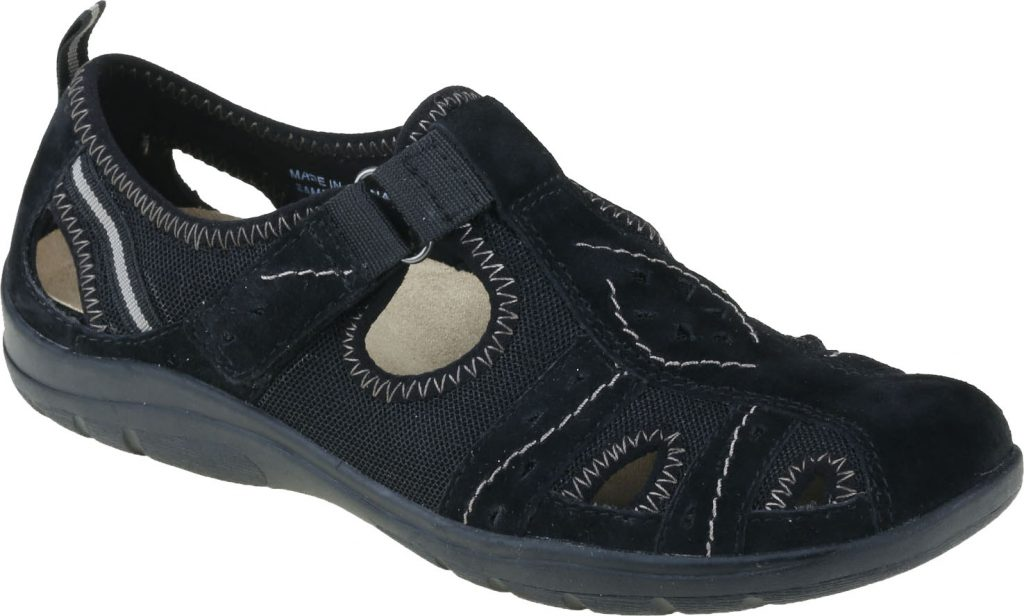 Earth Spirit 30574 Cleveland Black T bar shoe   Sizes - 4, 5 and 6.    Price - £45