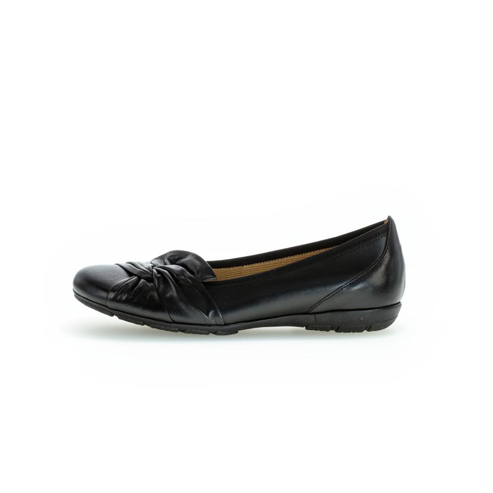 Gabor 44.167.27 Claredon black twist pump Sizes - 4.5 to 7 Price - £85